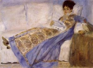 Pierre Auguste Renoir - Madame Monet On A Sofa